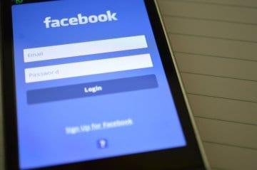 login-facebook